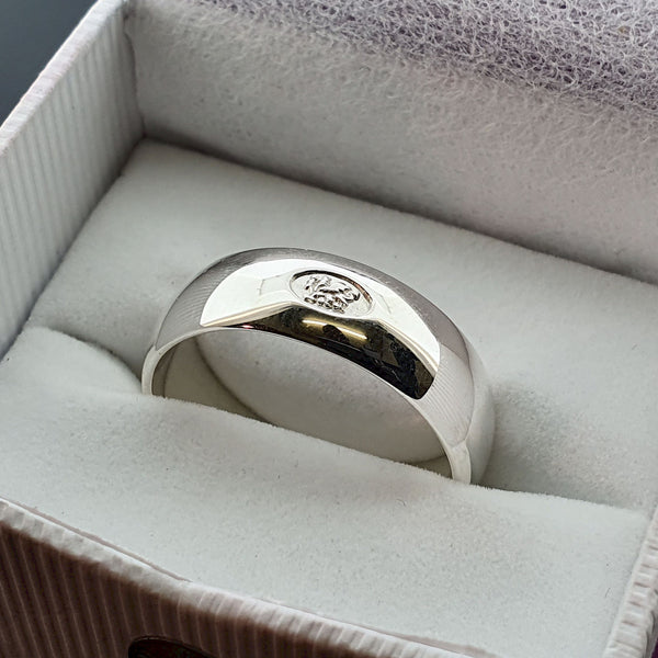 Welsh wide platinum wedding ring - Gretna Green Rings