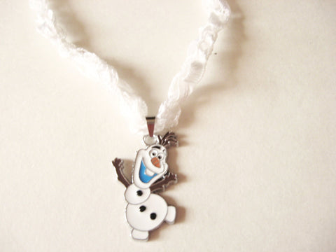 Olaf Snowman Necklace with Crocheted Yarn Chain