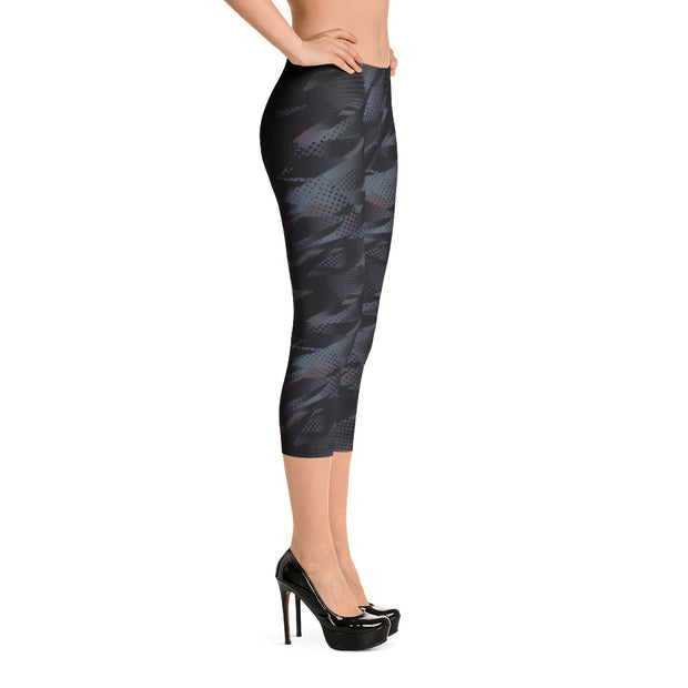 Black Abstract Capri Leggings