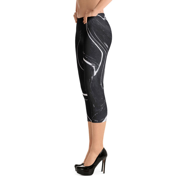 Black Marble Capri Leggings