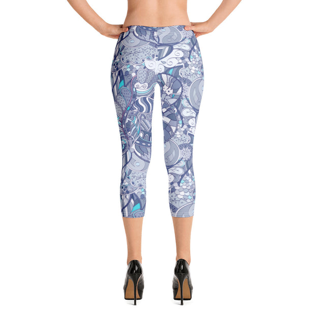 Tracery Purple Capri Leggings