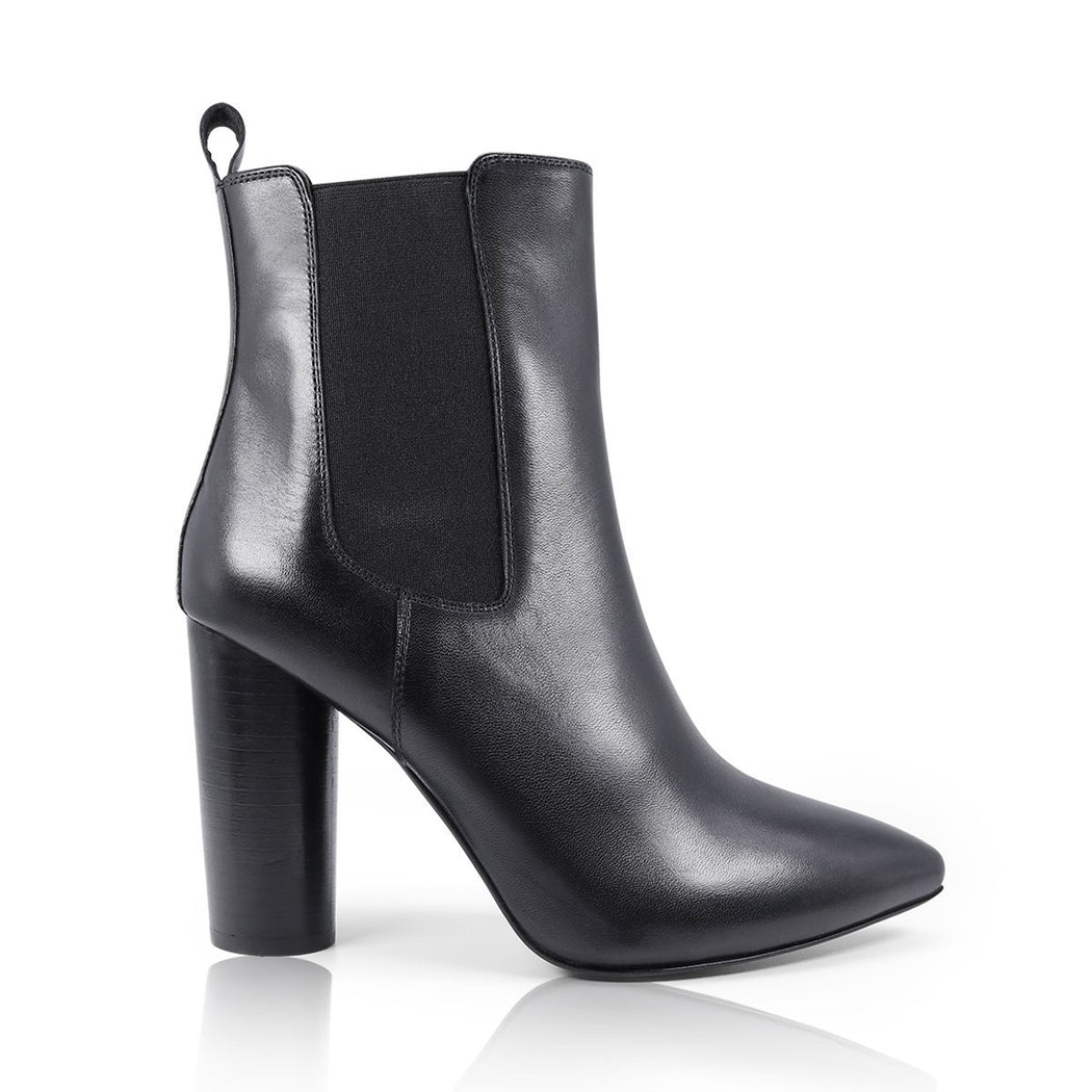 CLAUDIA - Leather Mid Lenght Boot - Womoda