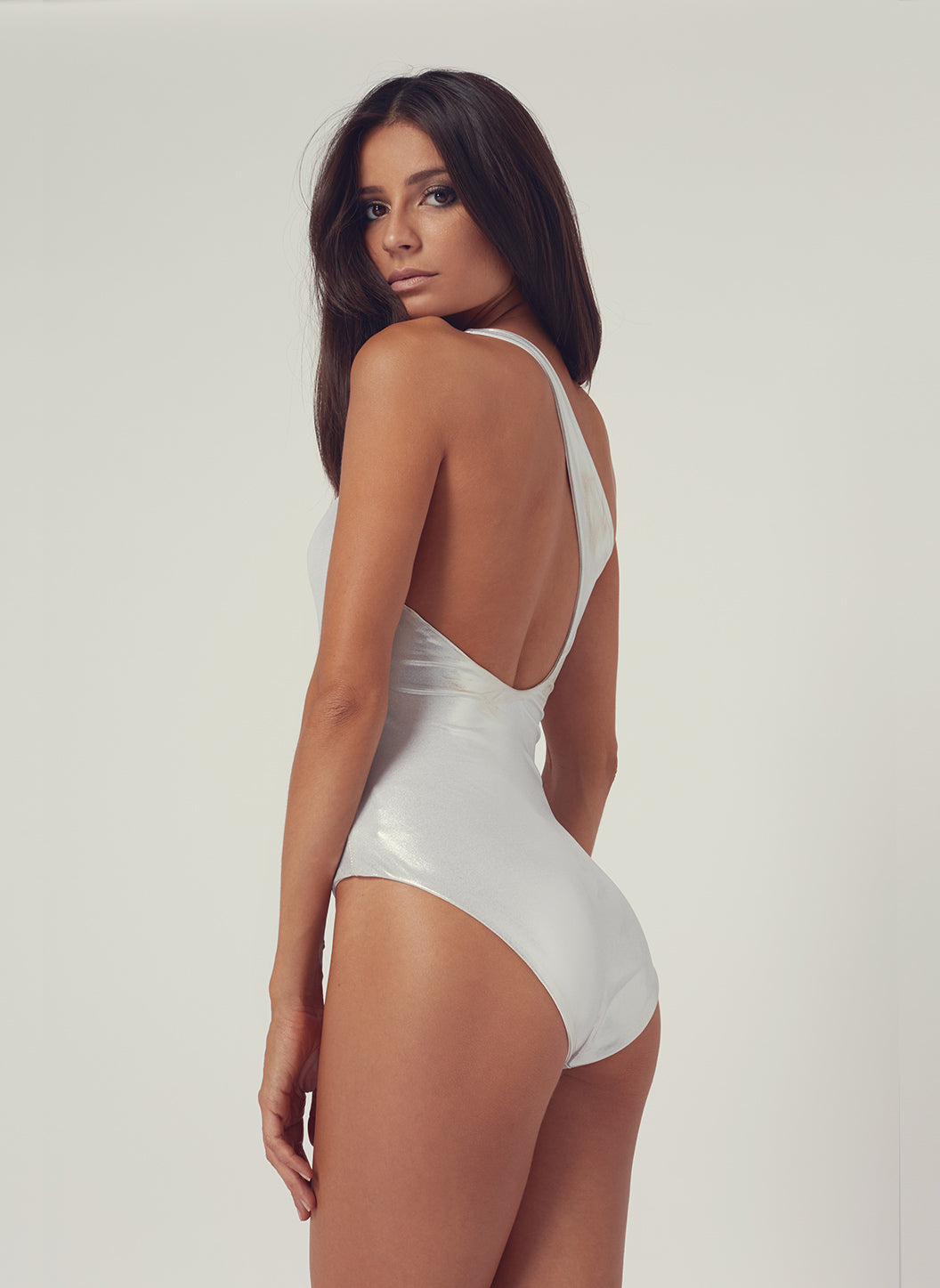 Look 22 One Shoulder One Piece Silver