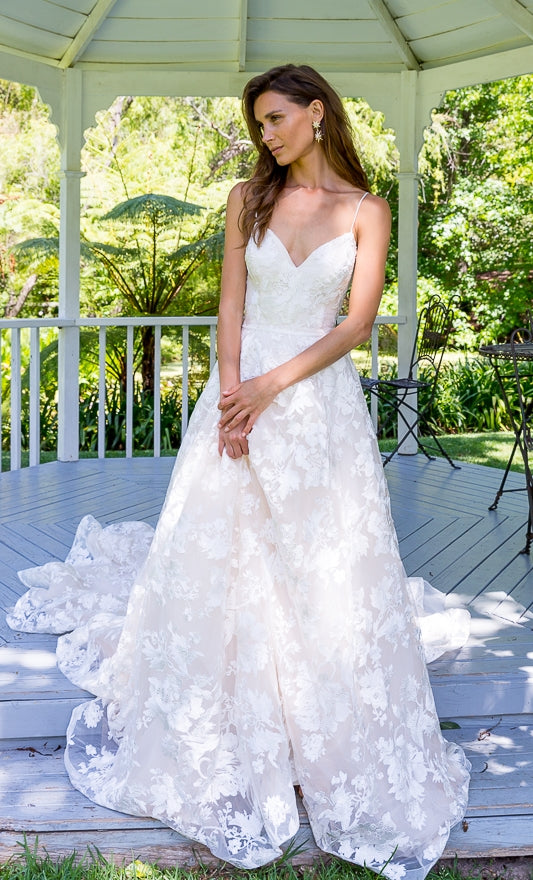 NINA-Lace Wedding Dress