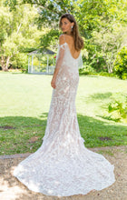 Load image into Gallery viewer, SPELL ON YOU-Wedding Dress