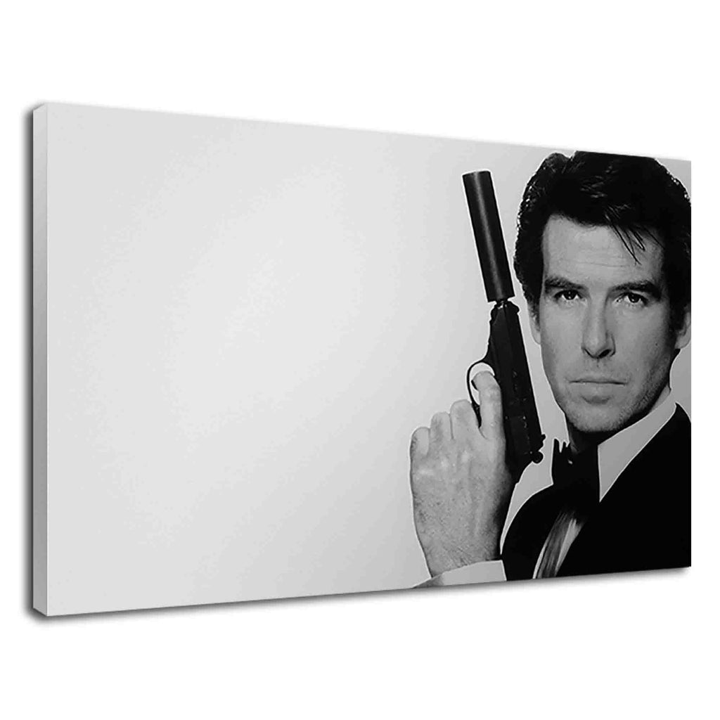 Pierce Brosnan As James Bond In Black And White