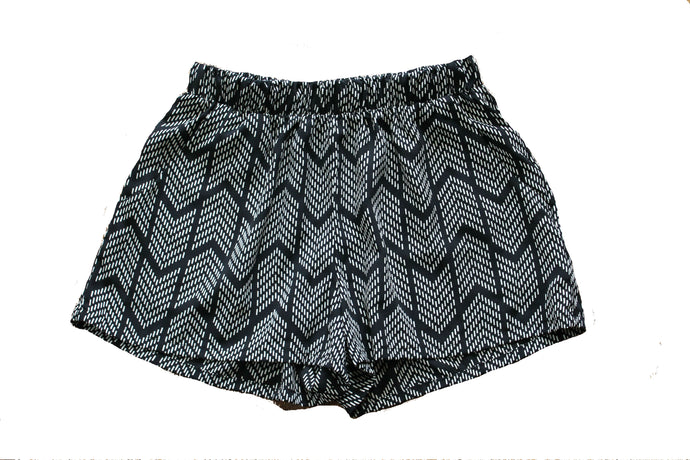 Arrow Print Shorts