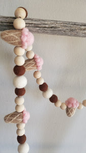 Ice cream cone garland. Felt ice cream