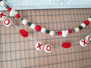 Red, black and white Valentine decoration. Heart Garland. 5ft