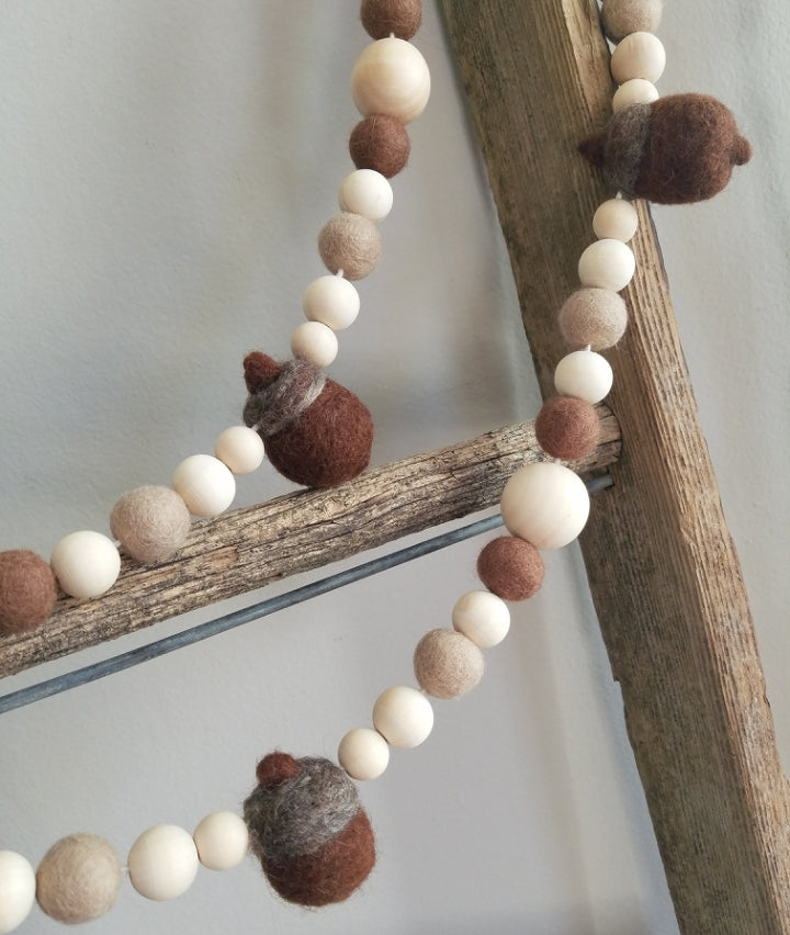 Acorn fall garland. 5ft