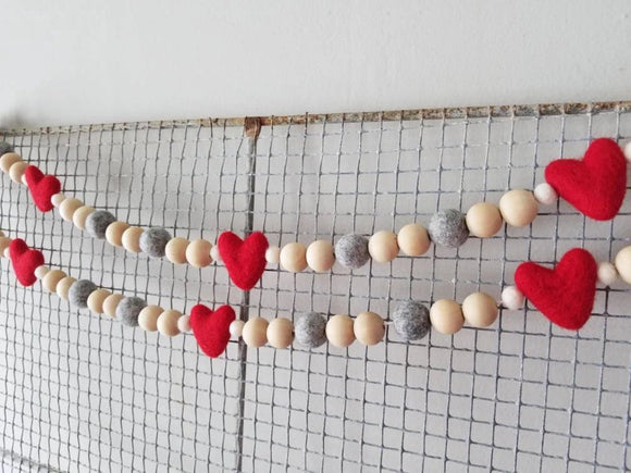 Heart Garland Valentine 5 ft Red