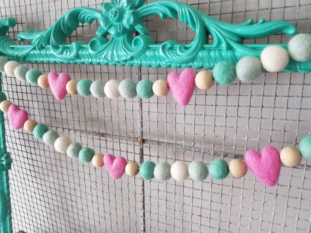 pink heart with mint garland
