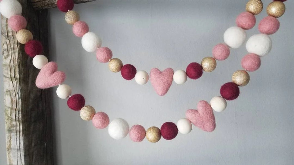 pink heart and gold valentine garland