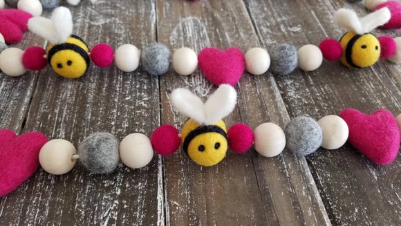 BEE Mine Garland