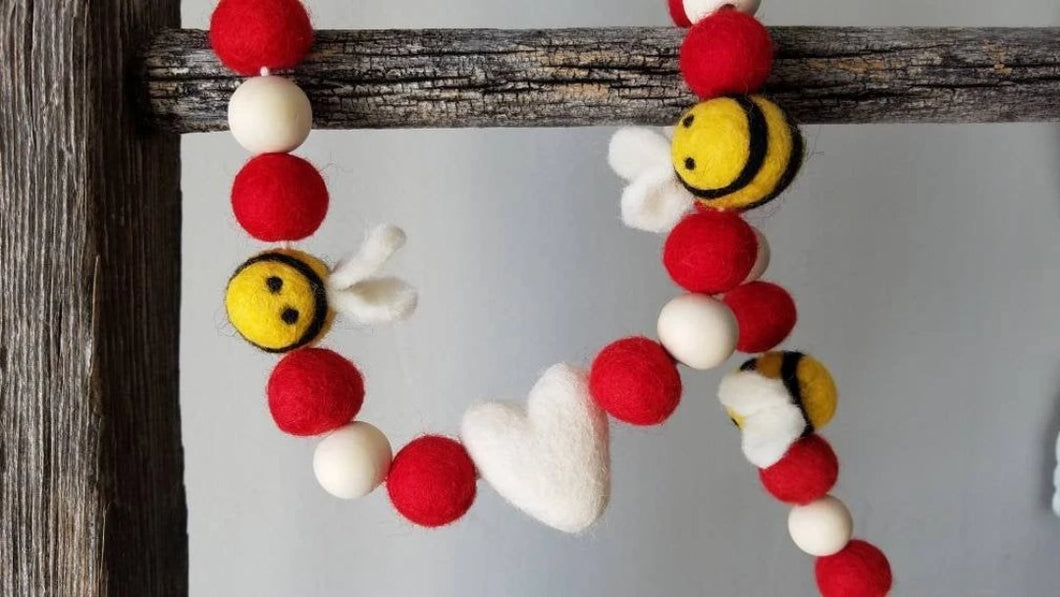 Bee and white heart garland