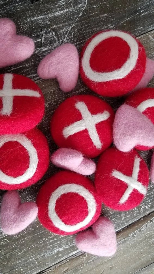 xoxo felted