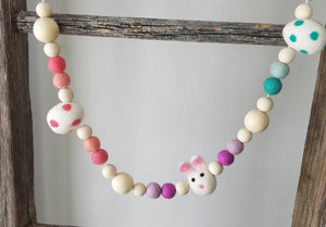 egg and bunny garland