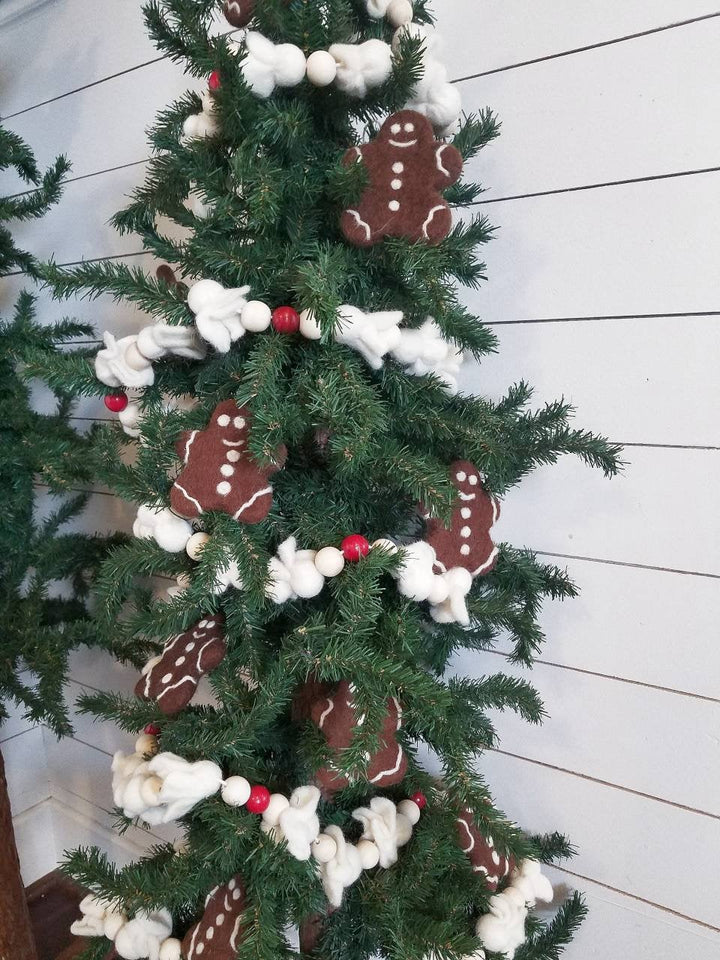 Popcorn garland. Popcorn and cranberry Christmas garland. Christmas tree garland. Christmas tree decor. 5.5ft