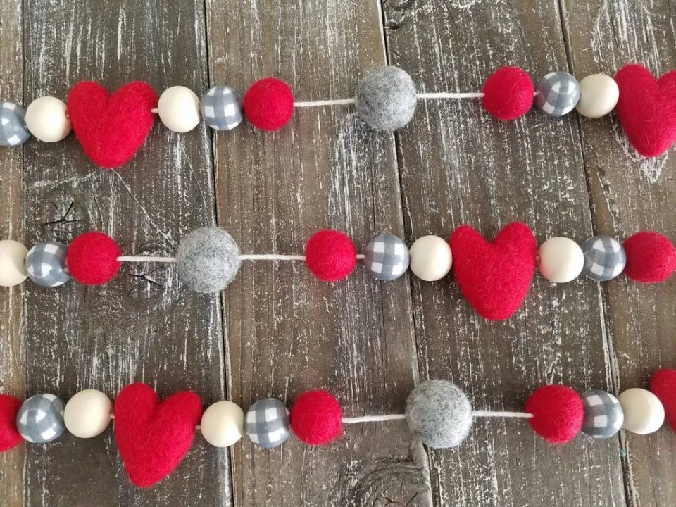 Buffalo plaid garland with red hearts