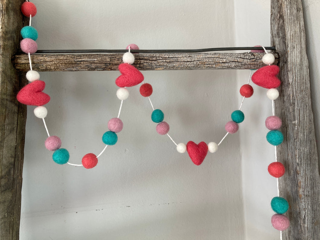Coral, Turquoise and Pink heart garland. Valentine garland. Felt hearts. 5ft