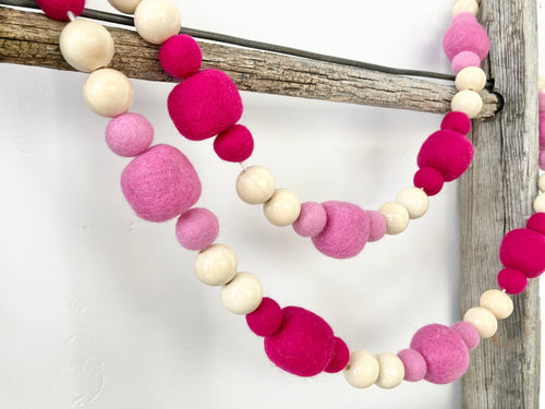 White pumpkin with mustard and teal garland [5ft]