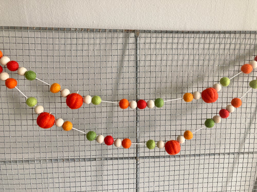 Orange pumpkin garland. Fall pumpkins 5ft