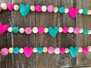 Bright Pink and turquoise heart garland. Valentine garland.felt hearts. Valentines decor. 5ft