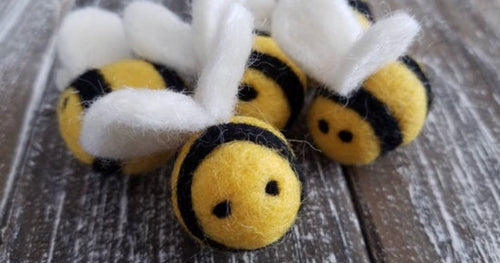 Felt bees. Bee photo props. Bee party decor. Bee tiered tray.