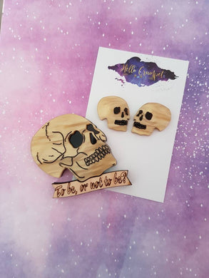 'Alas, poor Yorick!' Shakespeare Hamlet inspired acrylic skull brooch or earrings - MULTIPLE OPTIONS AVAILABLE
