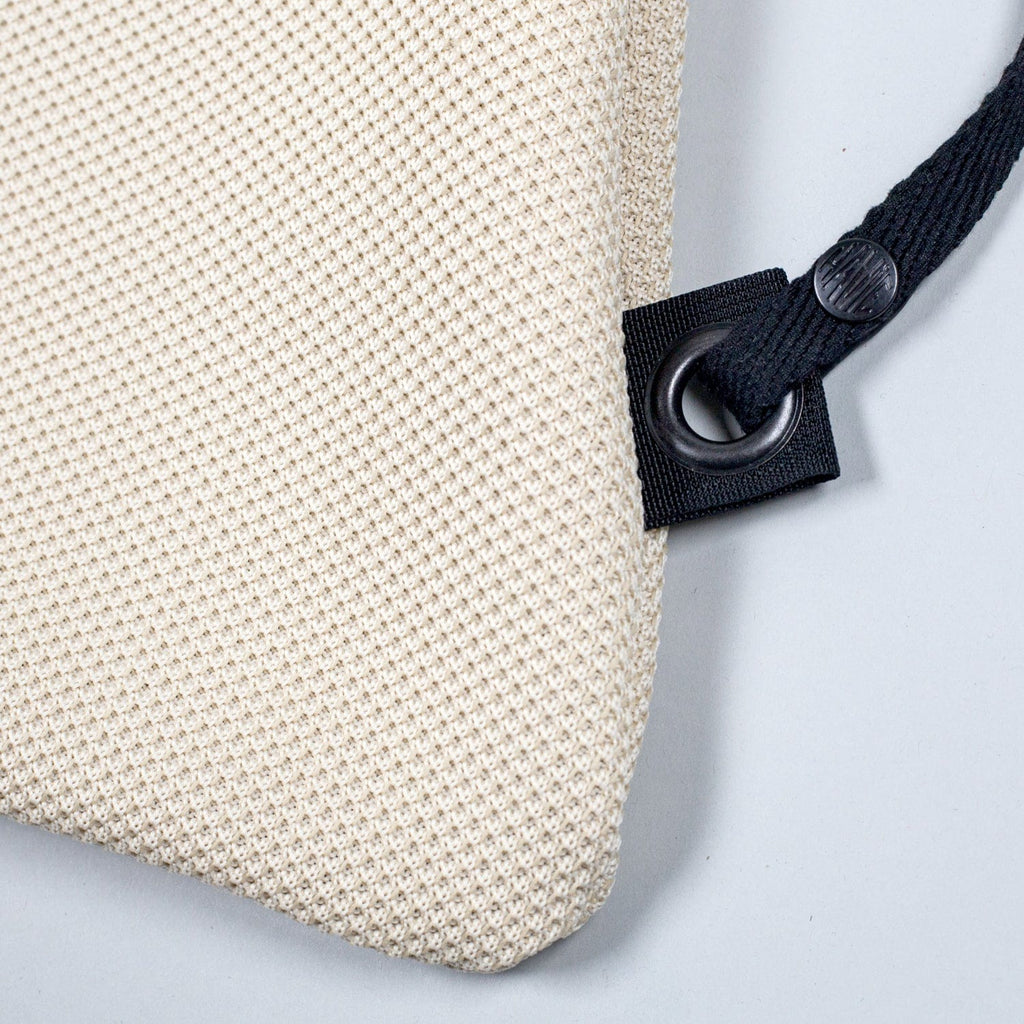APPLE PICKER BACKPACK WHITE MESH - haviemnfct