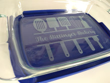 Load image into Gallery viewer, Laser Engraved Oblong 3-qt Pyrex Dish