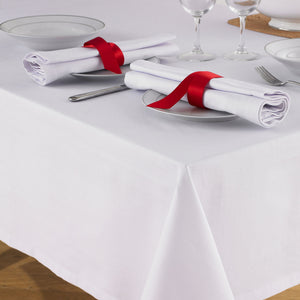 Minimalist Dinner Party At The Table