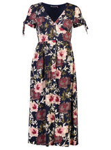 Jasmine Maxi Midnight Bloom _Front.jpg