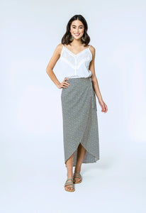 Mae Top & Alison Skirt- white dobby & yellow.blue daisy 3.jpg