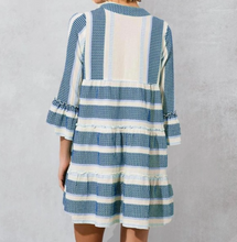 Load image into Gallery viewer, PINK RIPPLE PRINT TUNIC-WHITE/BLUE
