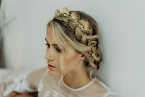 Bridal hair crown, gold crown, rose gold hair crown, bridal hair accessory, statement crown, bridal headpiece, romantic hairpiece, modern hair accessories, modern crown, raceday hair accessories, hair adornment, gold hair accessories, rose gold hair accessories