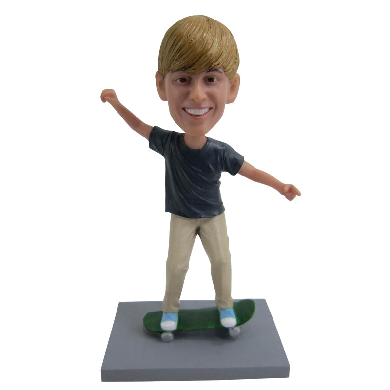 Skateboard Boy Custom Bobblehead - BobbleGifts