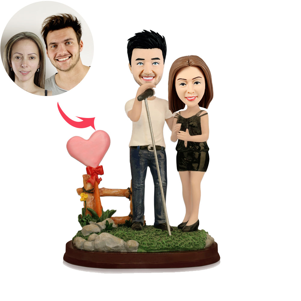 Custom Couple Singing Bobbleheads - BobbleGifts