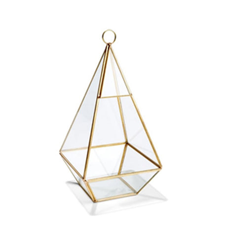 Gold triangular centrepiece