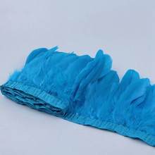 blue feather garland