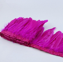 hot pink feather garland