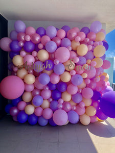 Aaliyah Balloon Wall