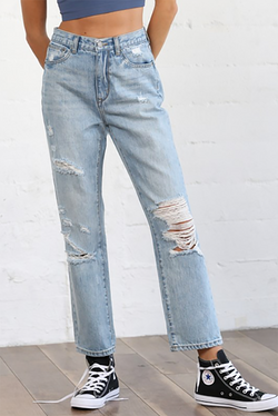 Distressed High Waisted Boyfriend Jeans