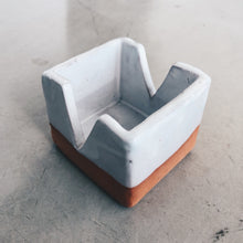 Load image into Gallery viewer, Modern Square with V-cut Terra Cotta and White Ceramic Box