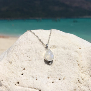 Rainbow Moonstone Dainty Necklace