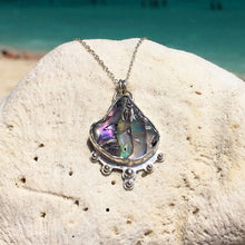 Load image into Gallery viewer, Abalone Shell Scallop Necklace