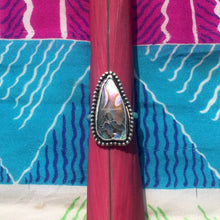 Load image into Gallery viewer, Abalone Beaded Ring