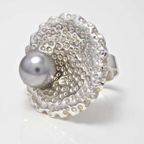 Harper Grey Pearl Shell Ring