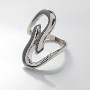 Aria Curve Ring