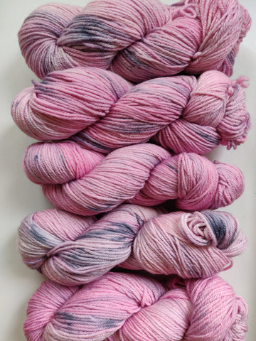 Dirty Marshmallow sustainable merino DK